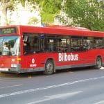 El Pais Vasco apuesta por la innovación: Bilbobus ofertará cargadores  de móvil en su flota de autobuses.