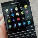 Blackberry Passport internará volver a sus orígenes con un dispositivo con teclado.