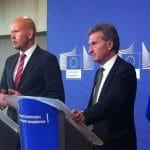 Günther Oettinger legislará el mercado único digital europeo apoyando a los operadores.