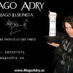 Magia para espectaculos: Adrian, un amigo y un buen mago que ofrece sus servicios a nivel nacional.
