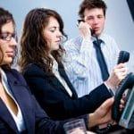 Llamar desde fijo a móviles será la mejor alternativa para ahorrar a partir del 2013 con las bajadas de las interconexiones.
