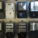 El Gobierno ayuda a las eléctricas con leyes absurdas: Más de 2 millones de consumidores multados.