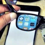 El Ghost Phone: La pantalla invisible salvo usando las gafas.