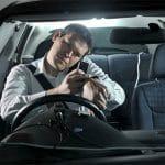 Los relojes móviles son más peligrosos al volante que hablar al móvil sin manos libres.